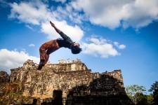 Places pour PHARE, le cirque cambodgien
