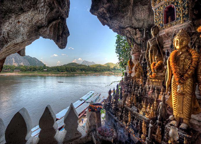 Grotte de Pak Ou - Mekong Evasion - Agence de voyages à Lyon spécialiste de l'Asie